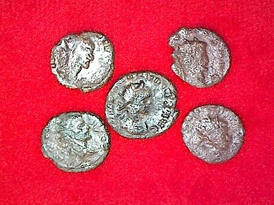Lot of 5 Ancient Late Roman Bronze coins 100-400 A.D.
