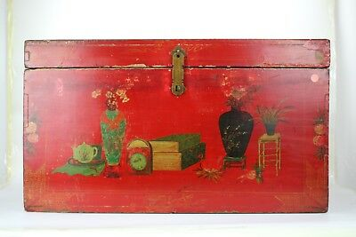 A Chinese Antique Redr Wooden Trunk with Painting Vase and books