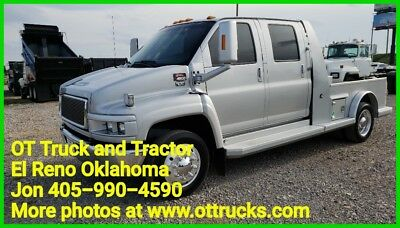 2006 GMC C4500 Crew Cab Flatbed Hauler Conversion Air Ride Power Back Seat/Bed