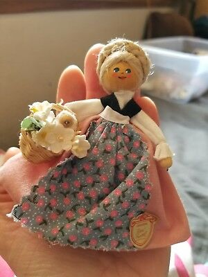 MINI RARE●Original Resi Prosel● Wooden Doll ● Vintage ●3 and A half inches tall●
