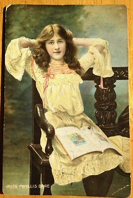 Phyllis Dare postcard - Misch and Co Stage Beautiies - 1d Qld sideface