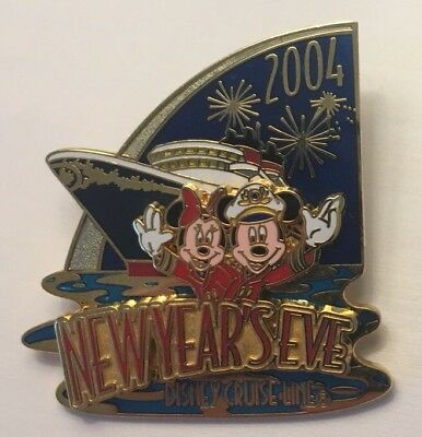 Disney Cruise Line - New Years Eve 2004 - Mickey & Minnie Mouse LE1000 Pin