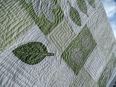 Exceptional Vintage Grandmother Earth Tones Applique Autumn Leaves Fall Quilt Nr