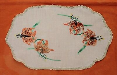 Large Vintage Embroidered Doily - Tiger Lilies
