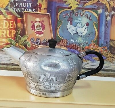 Vintage English made teapot commemorating the coronation of Queen Elizabeth II