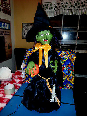 halloween witch time animated figure , witch 1989