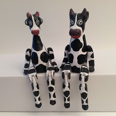 Primitive Folkart, String Jointed Black & White Cows (2 figures) good condition