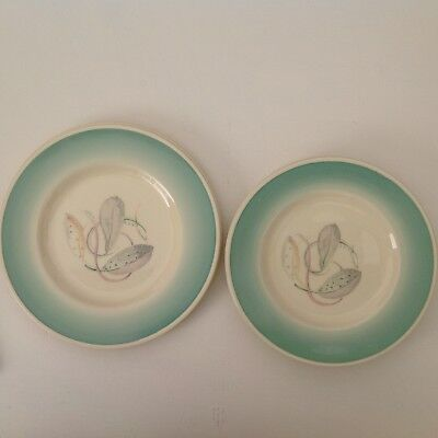 """7 x Susie Cooper Productions Crown Works Burslem plates in """"Feather"""" pattern"""