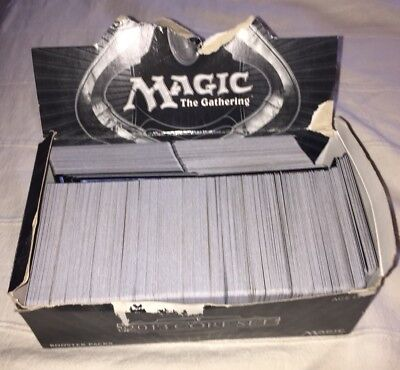 Lot de plus de 750 cartes magic 2013 Core Set Anglais