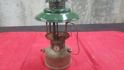 Vintage Coleman Lantern Model 228D 1947 2 Mantle for Parts Repair or Restoration