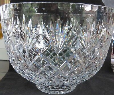 Lovely Large Heavy Crystal Vase Pinwheel With Saw Tooth Edge Glass