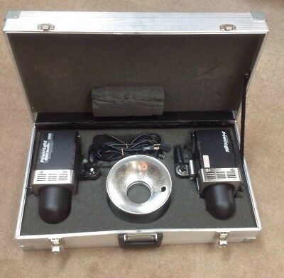 Two Photogenic Powerlight 600 PL06A Monolight Portable Flash with aluminum case
