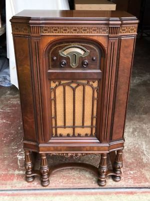 Atwater Kent 260 Console Radio