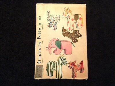 Simplicity Pattern 2262 Stuffed Animals Cat,Elephant,Horse,Zebra,Dogs 1940s