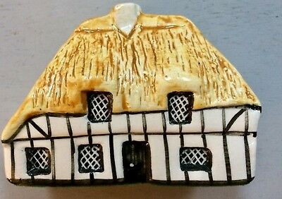 No. 5 Thatched Beam House Britain In Miniature Made By Tey Terra Crafts England
