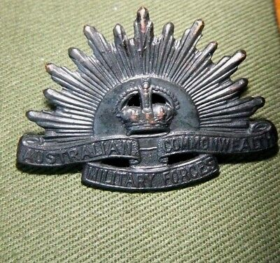 WORLD WAR2 WW2 AUSTRALIAN ARMY RISING SUN 4cm BADGE - H. ARENDSEN MELB
