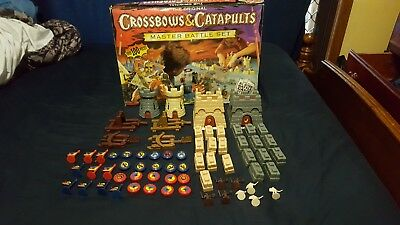 Crossbows and Catapults Set 1983 Board Game 80% complete with original box