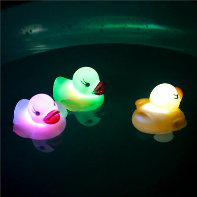 Baby Bath Time Floating Toy Changing Color Duck Flashing Led Lamp Light Nice