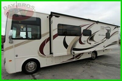 2018 Thor Motor Coach Hurricane 29M New Gas Class A Motorhome RV Triton V10 Ford