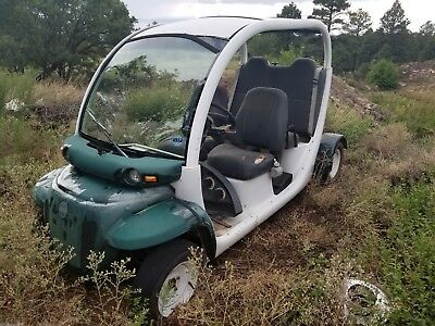 2006 gem e-4 non running (batteries)none included  Parts or fix 95% complete