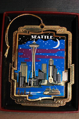 Seattle at Night 24k Gold Flashed Brass 3D Christmas Ornament Nation's Treasures