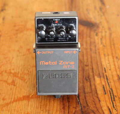 Boss MT-2 Metal Zone Distortion Effect Pedal ->Classic rock effect<-