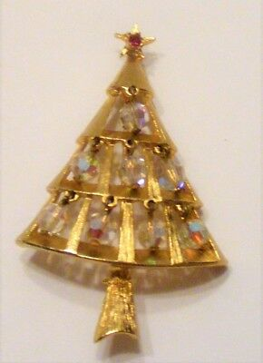 Goldtone unmarked Christmas tree pin with hanging ornaments