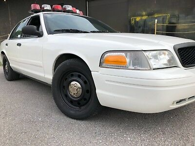 Ford: Crown Victoria Fully Equipped NYPD Style Patrol
