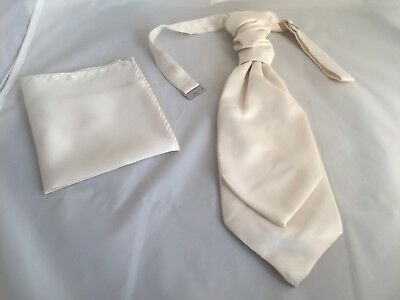 Matt Ivory Cream Polyester MENS Scrunchy Ruche Tie-Cravat and Hankie Set