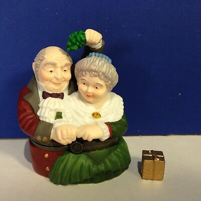 Dept 56 Dickens Village THE SPIRIT OF CHRISTMAS HINGED BOX Has Gold Trinket