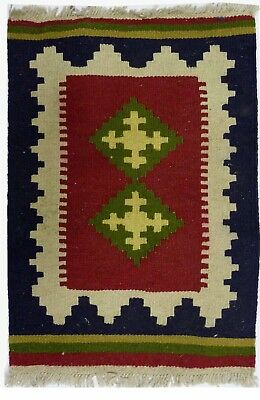 Kilim Persan Traditionnel Oriental hand made 60 cm x 40 cm  N° 69