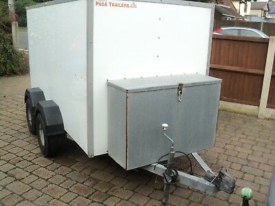 box trailer twin axle Indespension braked 8'x5' roller shutter