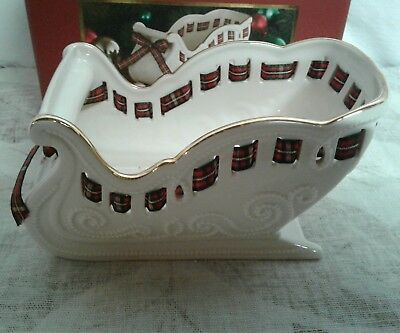 Lenox Sleigh Candy Dish, Giftables New in BOX!
