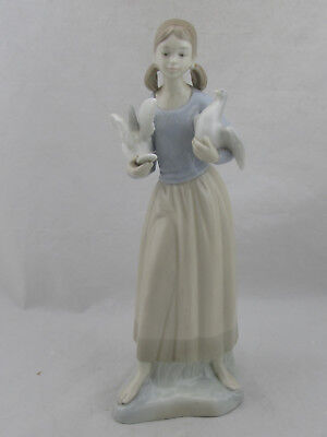 """Zaphir Lladro Girl with Birds Doves Porcelain Figurine 14"""" Tall"""