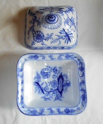 Villeroy & Boch Dresden Blue Onion Rectangle Covered Vegetable Dish