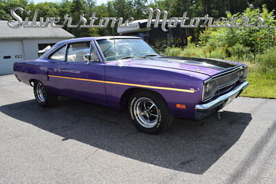 Plymouth Road Runner 440 - 6 Pack 1970 Plum Crazy 440 6 Pack 4 Speed Restored California Car