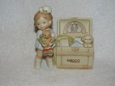 Lucie Attwell Memories Of Yesterday Girl W/Trunk Collection Plaque Figurine 1991
