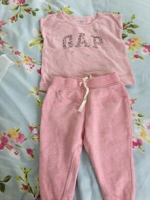 Baby Girls Gap Suit Age 12/18 Mths