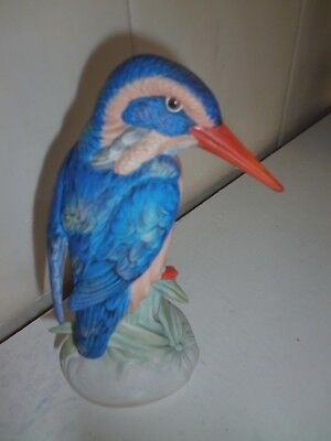 Vista Alegre Portugal Figurine - Hand Painted Bird/ kINGFISHER VINTAGE