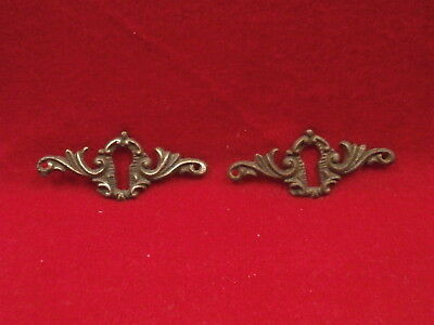 2 Vintage Antique Brass Escutcheon Keyhole Plate 03