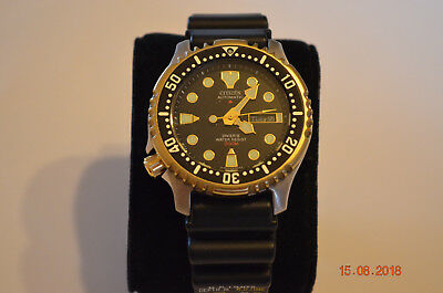 Citizen Promaster Stahl/Gold Automatic 8203
