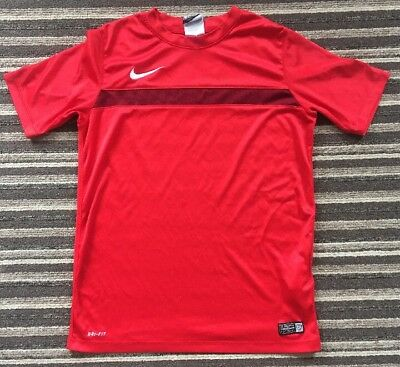 Red NIKE DRI-FIT T-Shirt Size 12 - 13 Years - Excellent Condition