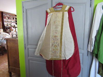 chasuble  rouge reversible