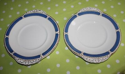 2x BOOTS cake/sandwich plates silicon china