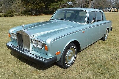 1973 Rolls-Royce Silver Shadow - standard saloon tunning, quasi show-room quality low mileage example. Park-Ward Motors Museum