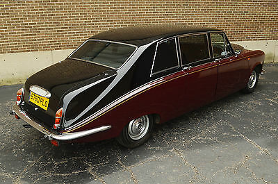 "1985 Jaguar - Daimler DS 420 Limousine - Long wheel base factory limousine Very rare ""Heads of State"" limousine with low 54,000 miles. Rolls-Royce cousin."