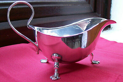 1931 ENGLISH HALLMARKED SOLID SILVER GRAVY BOAT,BIRMINGHAM by Roberts & Dore.