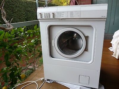Asko washing machine, Model No 10504, front loader, white, very good condition