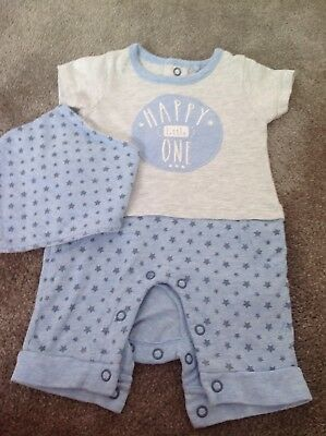 Tu Baby Boys Romper Outfit And Dribble Bib Upto 1 Month