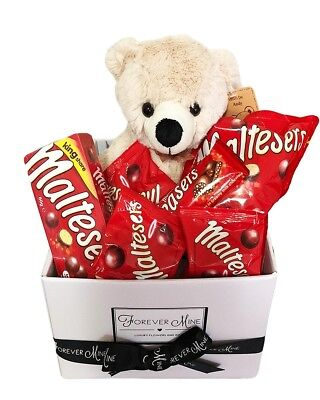 BRAND NEW Maltesers Bear Hamper Edible Gift Hamper Chocolate Teddy Bear